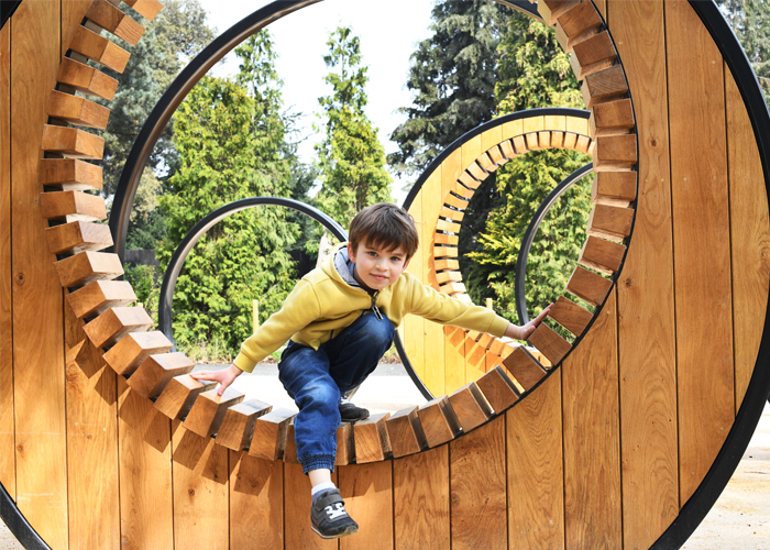Handspring Design - Royal Botanical Gardens Kew - Pergola Hoop