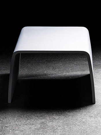 Tabloo Concrete table